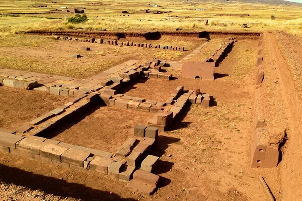 Города и исторические памятники Альтиплано - Тиуанако