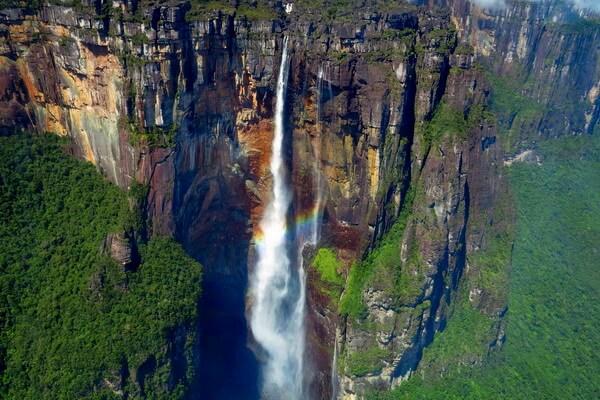 История открытия водопада Анхель