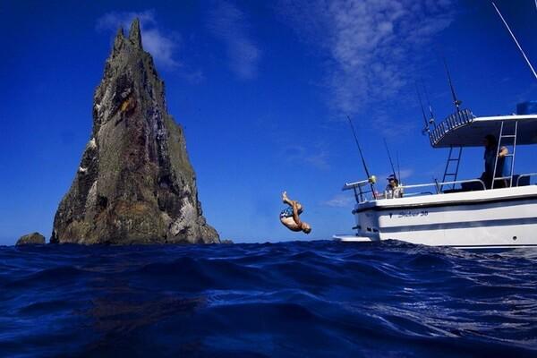 Экскурсии к острову-скале Пирамида Болла в Австралии