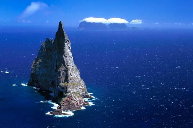 Пирамида Болла в Австралии - уникальный остров-скала