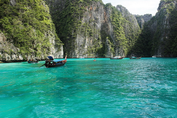Остров Пхи-Пхи-Лей в Таиланде - место съёмок фильма Пляж