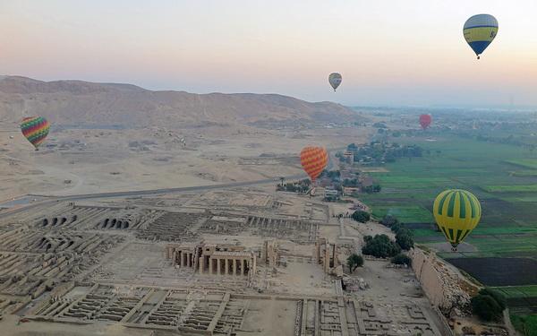 Полёт на воздушном шаре над Долиной Царей в Луксоре