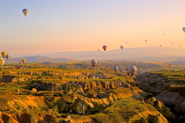 Лучшие места планеты для полётов на воздушном шаре