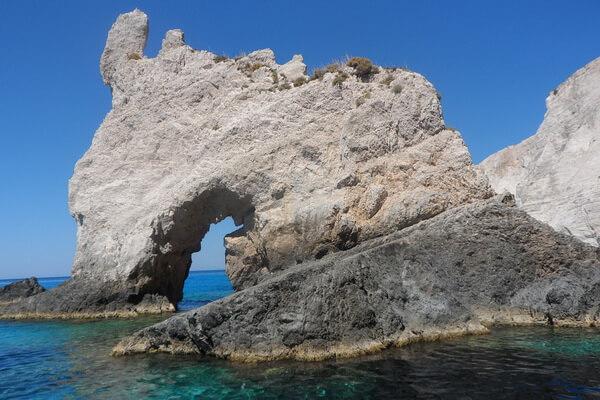 Легенды о Голубых пещерах Закинфа