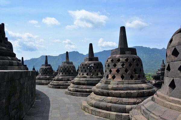 Как добраться в храм Боробудур на острове Ява в Индонезии