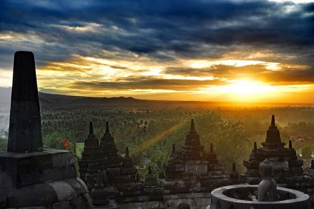Храм Боробудур в Индонезии - история, архитектурные особенности, интересные факты, фото
