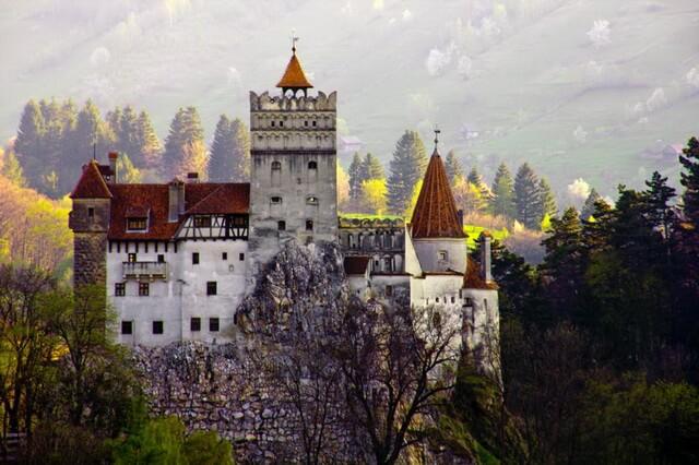 Замок Бран в Румынии - история и интересные факты