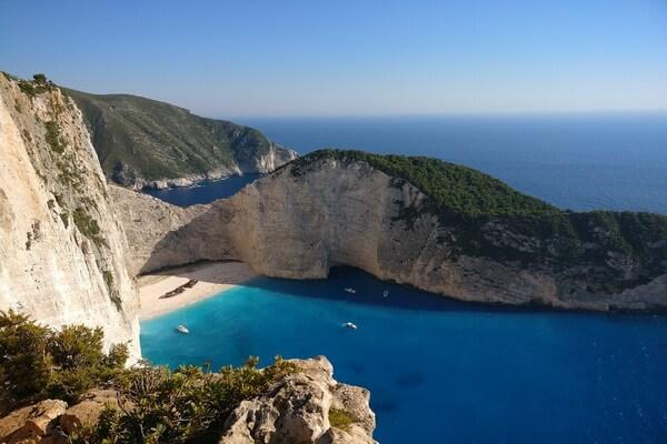 Красивые фото пляжа и бухты Навайо в Греции