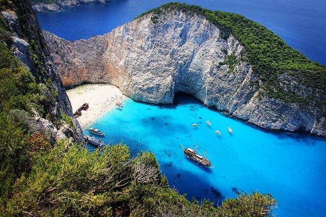 Пляж бухты Навайо в Греции - история и интересные факты