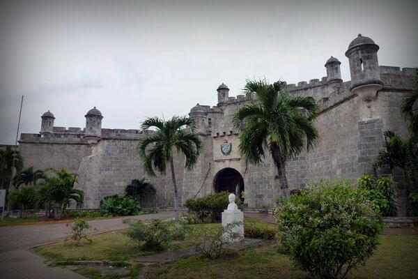 По следам пиратов - Крепость Ла-Реаль-Фуэрса в Гаване
