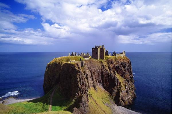 Шотландский замок Данноттар