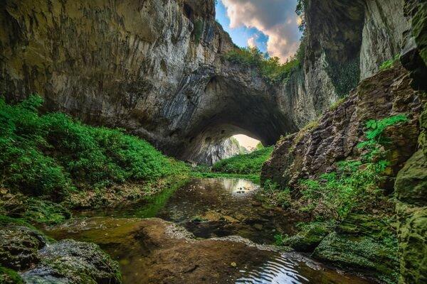 Фото пещеры Деветашка в БолгарииФото пещеры Деветашка в Болгарии