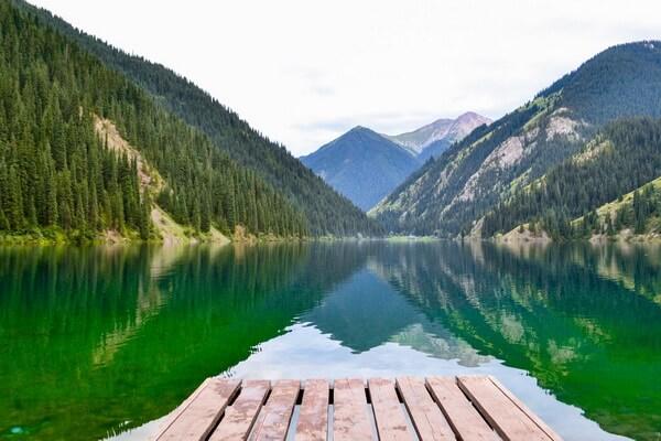 Природные достопримечательности Казахстана с фото и описанием - Кольсайские озёра