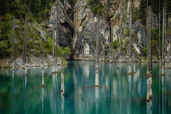 Природные достопримечательности Казахстана с фото и описанием - Озеро Каинды