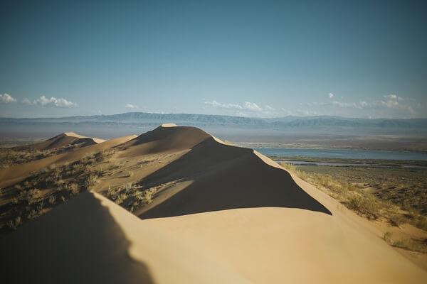 Природные достопримечательности Казахстана с фото и описанием - Поющий бархан