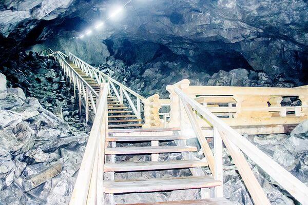 Чудеса природы Казахстана с фото и описанием - Пещера Коныр-Аулие