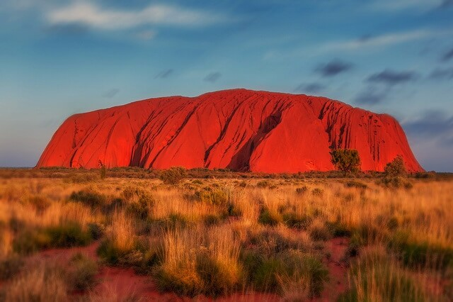 Скала Улуру в Австралии - легенды и мистика