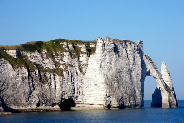 Утёсы Этрета в Нормандии