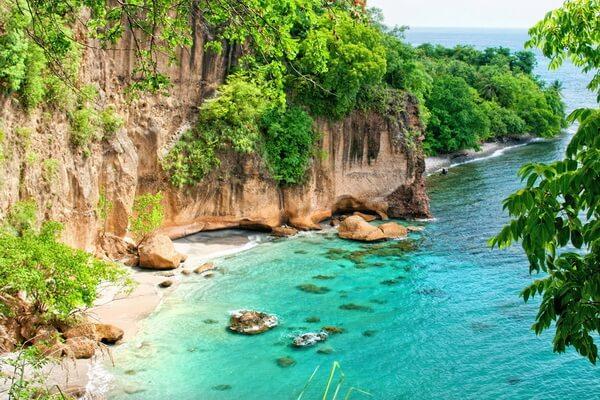Сокровища пиратов в Доминике