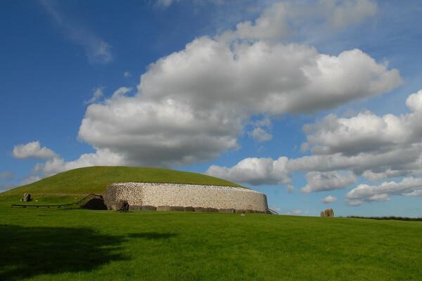 Исторические достопримечательности Ирландии с фото и описанием - Ньюгрейндж