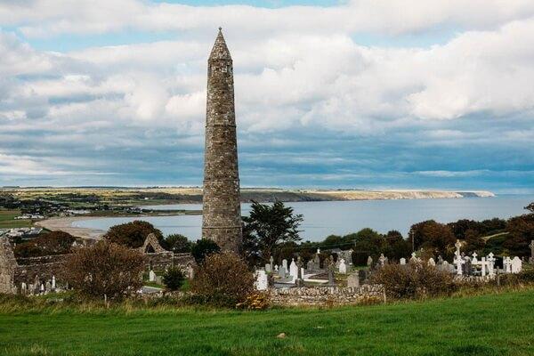 Исторические достопримечательности Ирландии с фото и описанием - Круглая башня Ардмор