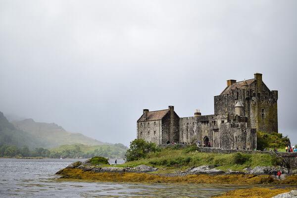 История замка Эйлен-Донан в Шотландии