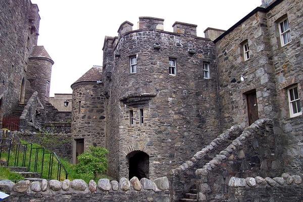 Эйлен-Донан - фото шотландского замка