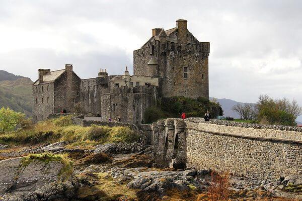 Фото замка Эйлен-Донан в Шотландии