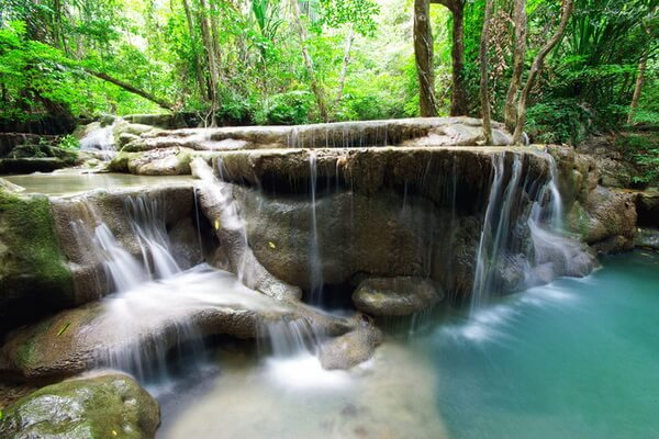 Семиуровневый водопад Эраван в Таиланде