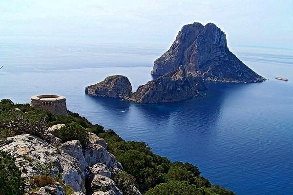 Остров Эс-Ведра - мифы и легенды