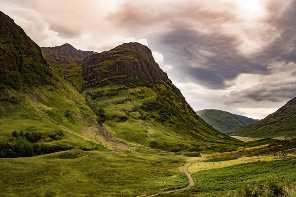 Фантастические пейзажи - Долина Гленко в Шотландии