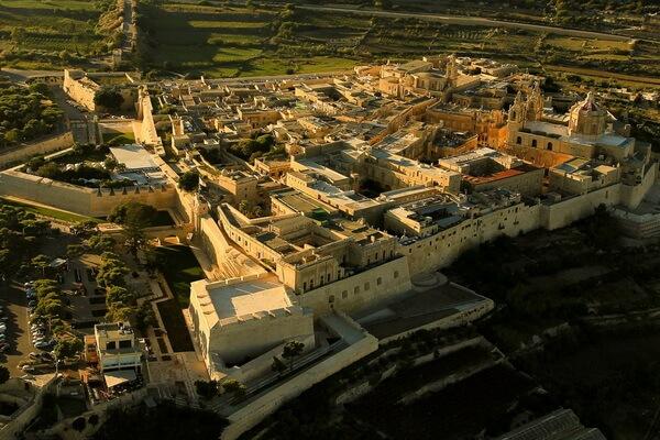 Фантастические пейзажи - Город Мдина на Мальте