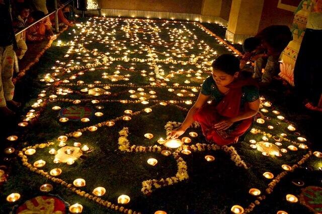Фестиваль Дивали - главный осенний праздник в Индии