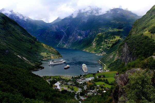 Норвежские фьорды - красивые фото и интересные факты