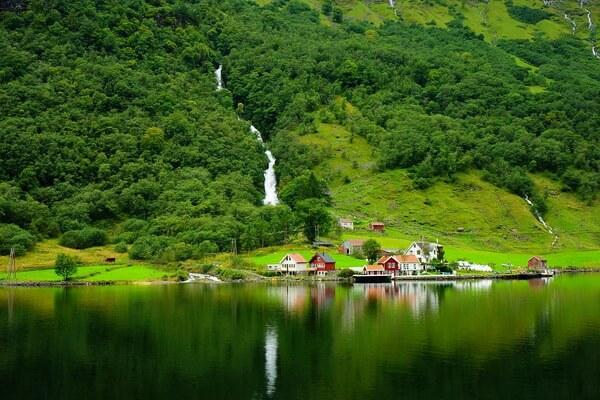 Лучшие фьорды Норвегии с фото - Согне-фьорд