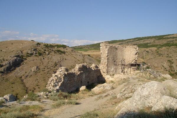Реставрация крепости Чембало в Балаклаве