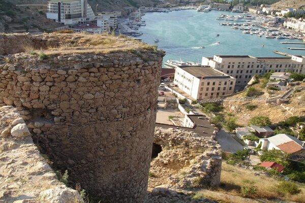Генуэзская крепость Чембало в Крыму