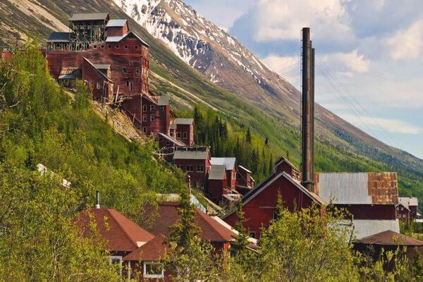 Города-призраки США с фото и описанием - Кенникотт на Аляске