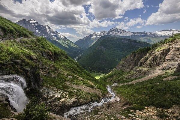 Национальный парк Глейшер - Вид с горной дороги Going-to-the-Sun Road