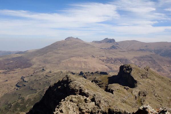 Горы Эфиопии - Вид с горы Бвахит на гору Кидис Яред (Kidis Yared)