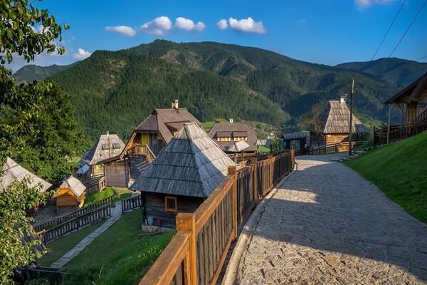 Горы в Сербии с фото и описанием - Мокра-Гора