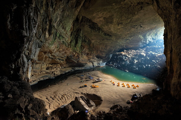 Пещера Шондонг во Вьетнаме - уникальная флора, фауна, климат