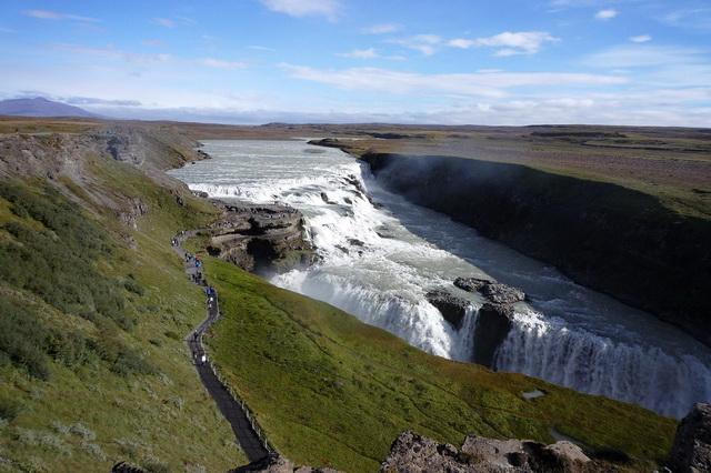 Хаукадалур - долина гейзеров в Исландии