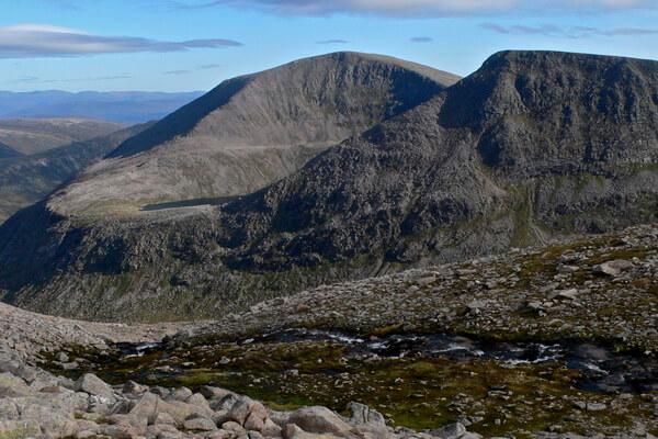 Самые высокие горы Шотландии - основные вершины Кайрнгорм