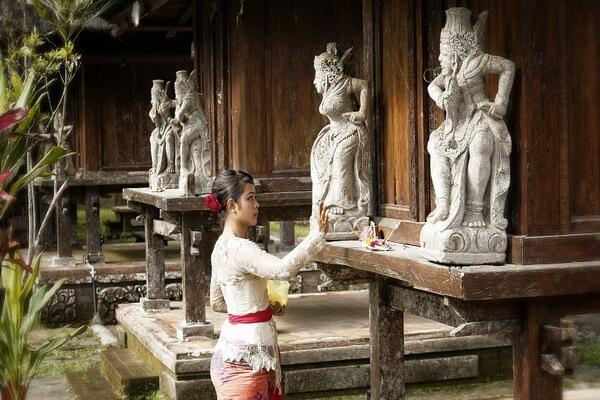 Индонезийская одежда - Кебайя