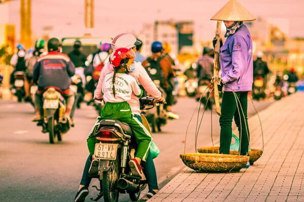 Мотоциклы - самый популярный общественный транспорт во Вьетнаме