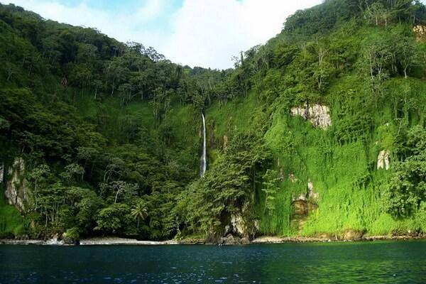 Водопады острова Кокос