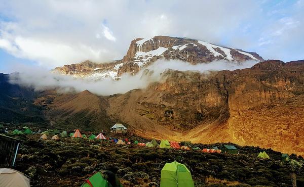 История первых восхождений на Килиманджаро