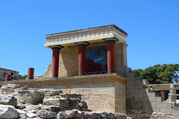 История раскопок Кносского дворца на Крите