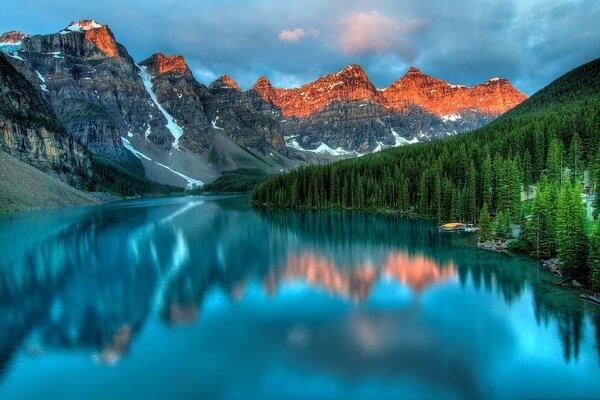 Красивые озёра Канады с фото и описанием - Озеро Морейн